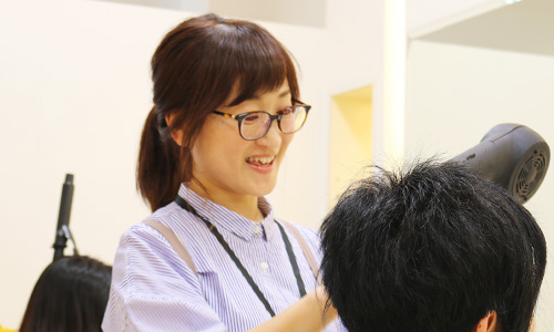 MISONO美容室 マネージャー 宮川